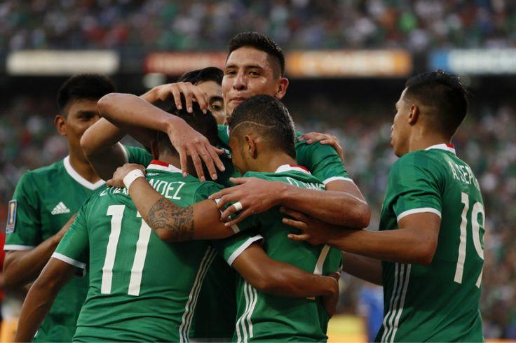 """• México inició su defensa en Copa Oro con triunfo sobre El Salvador; el """"Tri"""" mostró buenas cosas ante un rival que exigió más de lo esperado."""