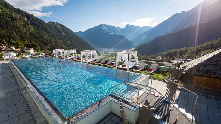 breathe in  - breathe out! Summer is coming @ www.stock.at // HOTEL, SPA, FAMILY & PLEASURE // Austria, Tyrol