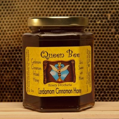 Cardamom Cinnamon Infused Honey, Queen Bee Honey: This husband and wife team sells honey products such as lip balm, soaps, and candles in addition to this cinnamon spread perfect for scones and breads.Artisan Products, Bees Sel, Cinnamon Infused, Cinnamon Honey, Bees Honey, Bees Club, Queens Bees, Honey Products, Cardamom Cinnamon
