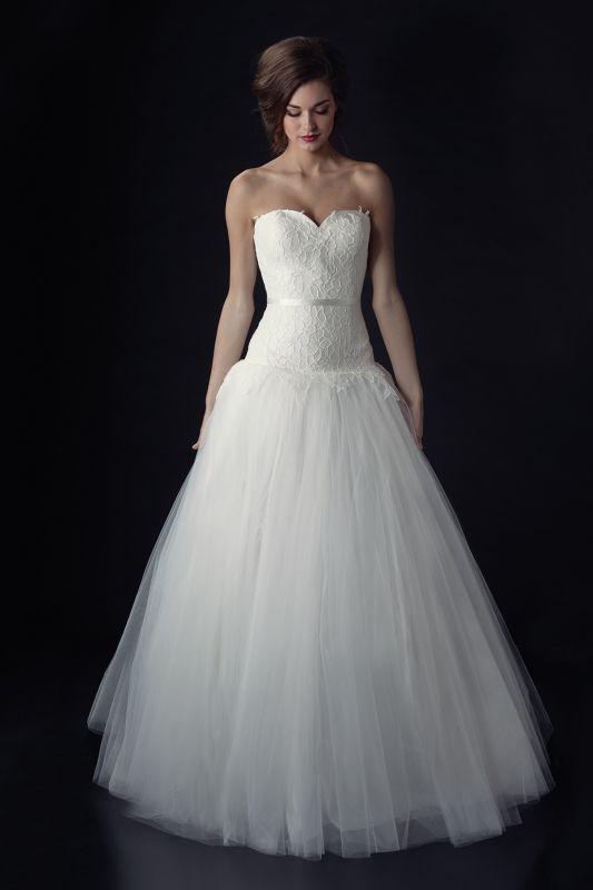 Junebug's Wedding Dress Gallery: Heidi Elnora Wedding Dresses from the Fall 2014 Bridal Collection | via junebugweddings.com