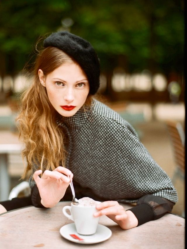 French style #Fall look #beret #street casual