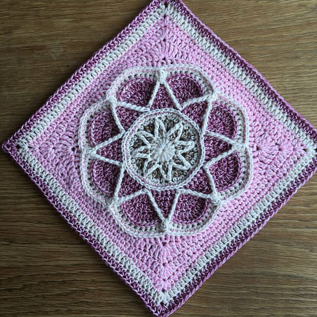 10 best Nuts About 35 Squares CAL [Free Crochet Pattern] images on ...