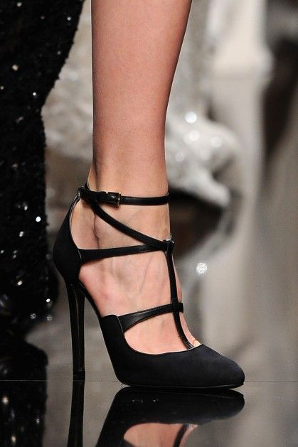 Elie Saab - Runway - PFW F/W 2013 | Black shoes | Pinterest | Elie saab fall, Shoe boot and Shoe bag