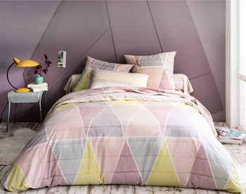 linge de lit motifs g om triques pastel becquet. Black Bedroom Furniture Sets. Home Design Ideas