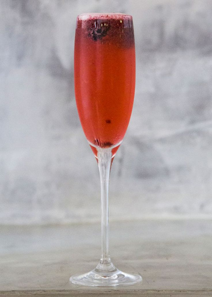 An elegant, citrusy brunch drink that packs a surprising punch, this vodka and prosecco cocktail is poured at Oak restaurant in Dallas.