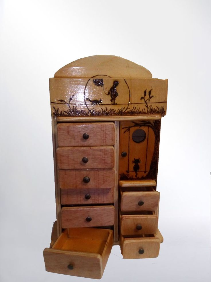 Joyero estilo mueble cajonero via Artis-Manus mas que un regalo. Click on the image to see more!