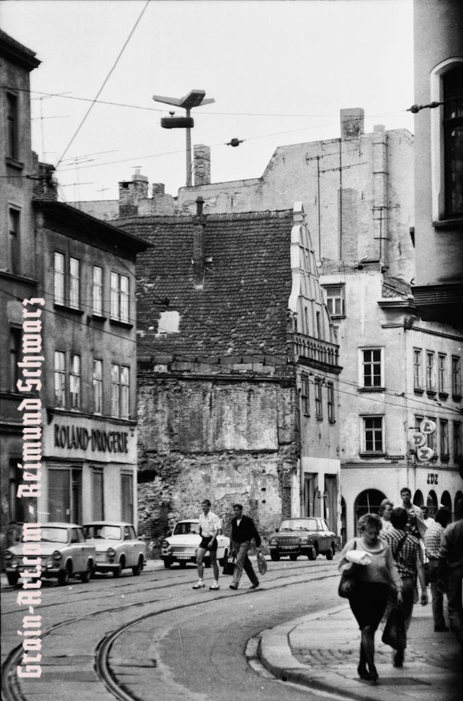 Auferstanden aus Ruinen... Halle (Saale), DDR, 1988
