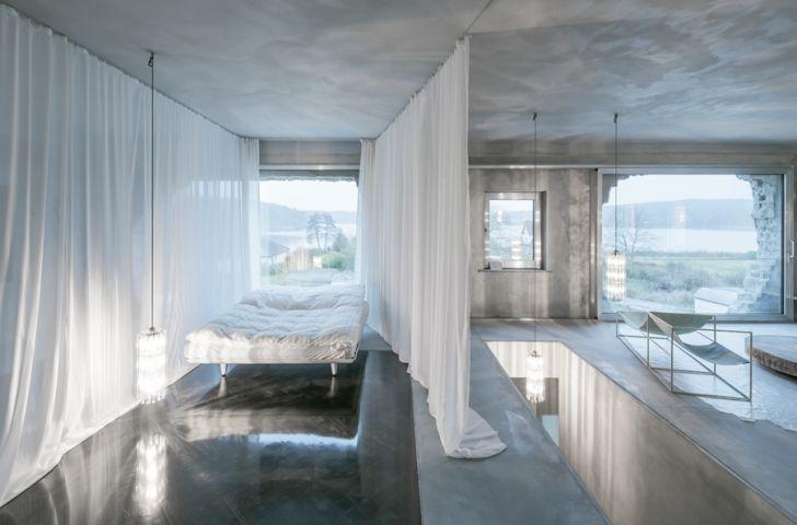 Brandlhuber+ Emde, Schneider's Antivilla is heated with a sauna - News - Frameweb