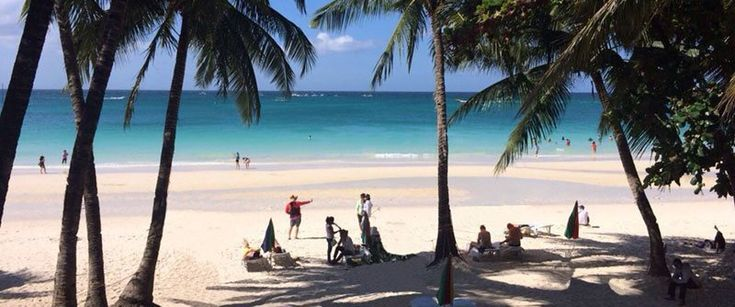 white-beach-view-from-hotel-small.jpg (800×334)