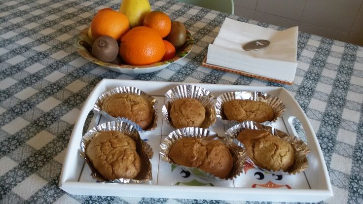 Muffin con avanzi di frutta centrifugata