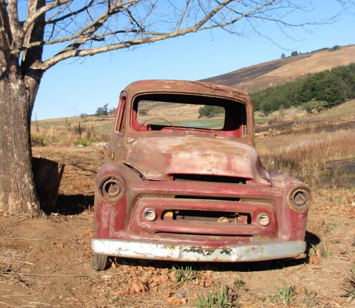 Old rusty pick up truck