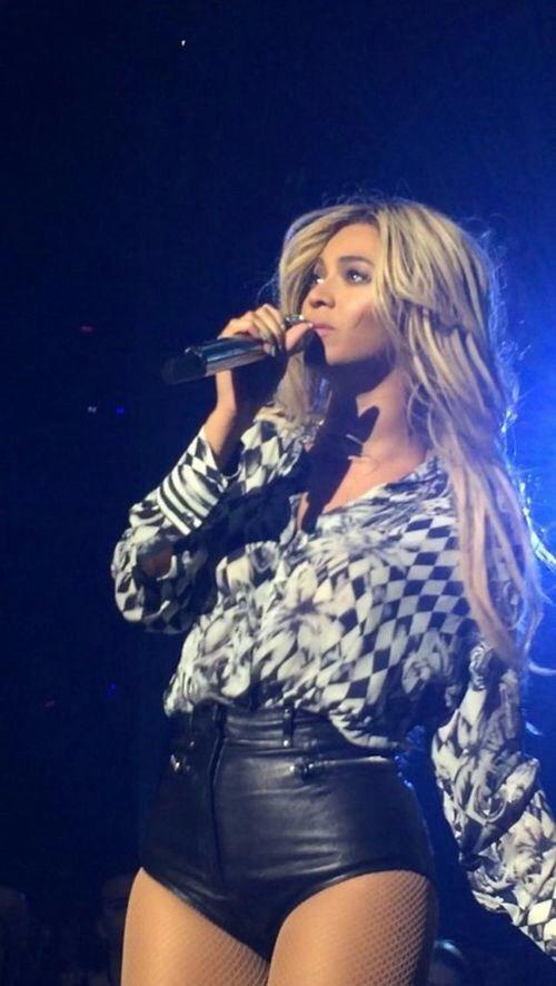 Beyonce Mrs Carter Show World Tour 2014