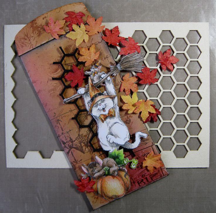 478.007.001 Dutch Softboard Art Honeycomb Bewerkt met zwarte acrylverf, door Miranda van den Bosch