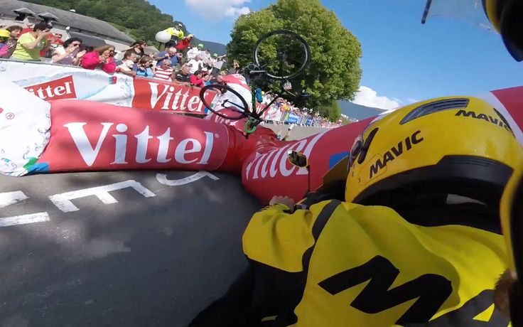 Tour de France 2016 - Adam Yates crashes into 1km banner https://youtu.be/MH3gs2LfZ0A Love #sport follow #sports on @cutephonecases