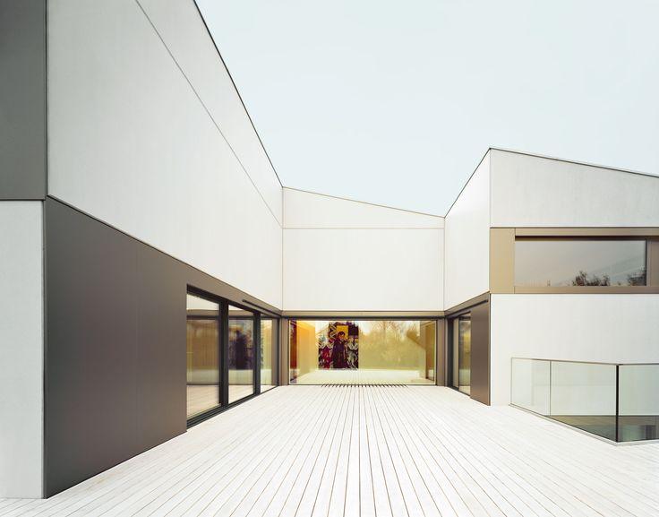 www.sky-frame.com – Architecture: Steimle Architekten, Germany http://www.steimle-architekten.com/  Photography: Brigida González, Germany www.brigidagonzalez.de