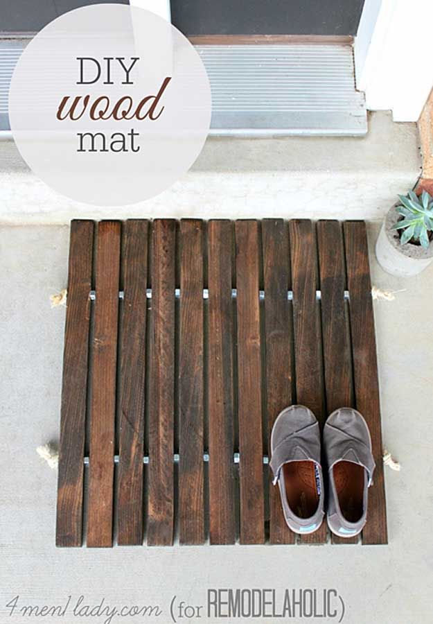 Awesome  Crafts for Men and Manly DIY Project Ideas Guys Love - Fun Gifts, Manly Decor, Games and Gear. Tutorials for Creative Projects to Make This Weekend | DIY Wood Stake Door Mat  |  http://diyjoy.com/diy-projects-for-men-crafts