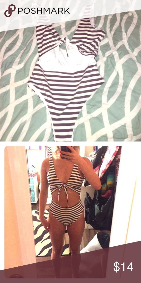 One piece swimsuit!! Tie in the front full piece swimsuit Swim One Pieces