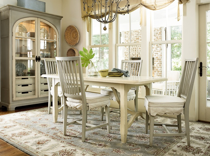 Paula Deen River House Kitchen 5 Piece Dining Table Set - River Boat/Oyster  Shell - The lightly textured Paula