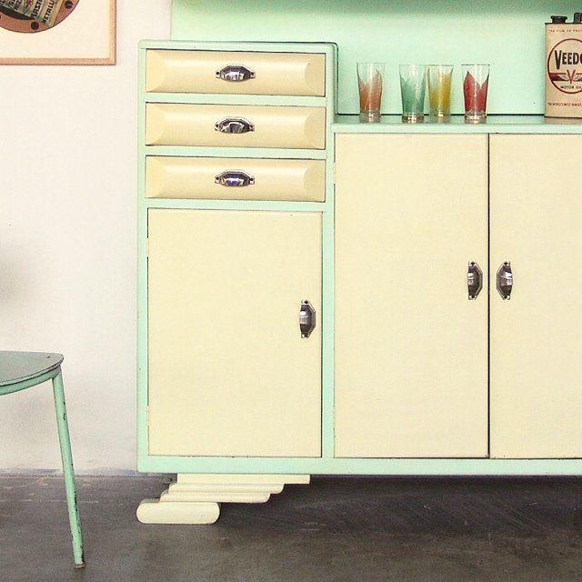 Oltre 25 fantastiche idee su Credenza cucina anni \'50 su Pinterest ...