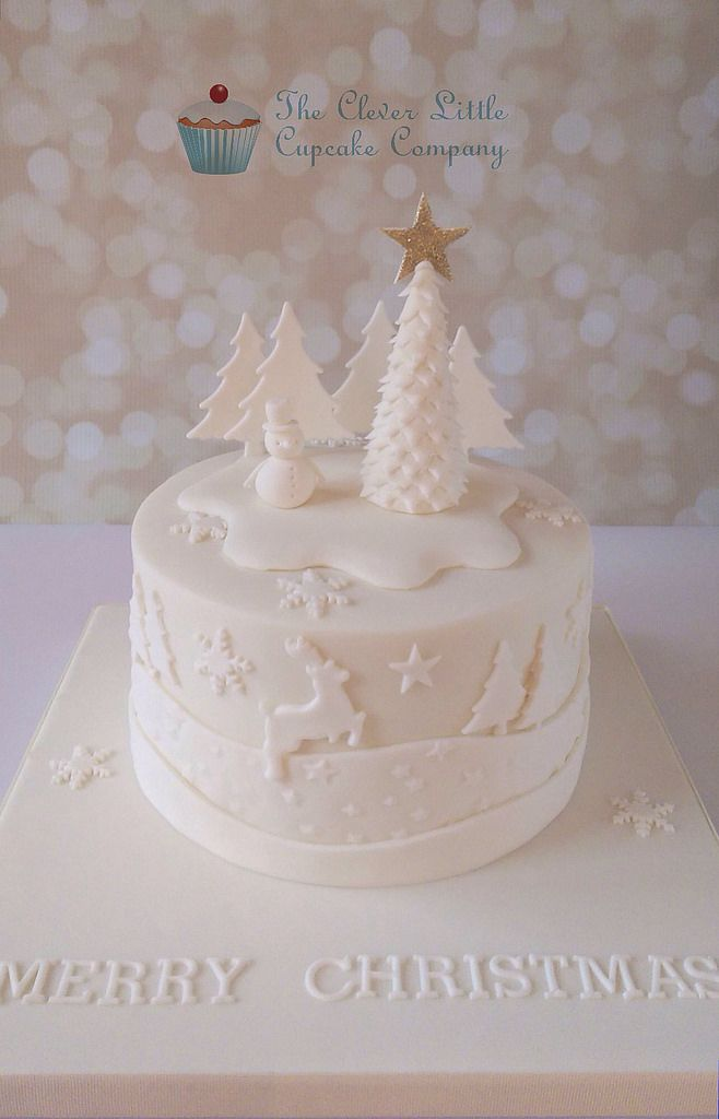 Tonal Christmas Cake | by The Clever Little Cupcake - For all your cake decorating supplies, please visit craftcompany.co.uk