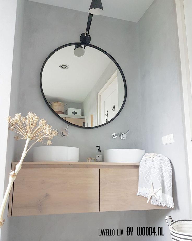 De eiken badkamermeubels uit onze Lavello LIV collectie brengen de juiste sfeer in iedere badkamer.  https://www.wood4.nl/liv-collectie/
