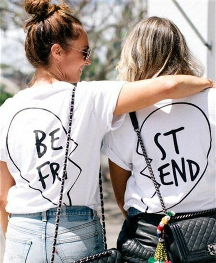 idée cadeau meilleure amie, des tee shirts identiques personnalisés à offrir, cadeau diy