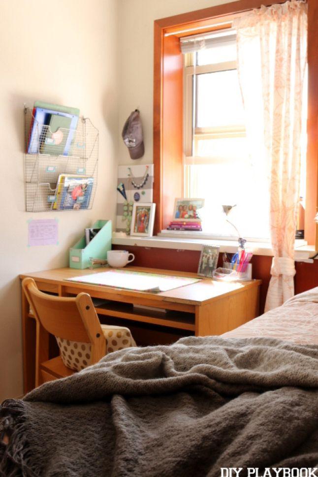 Dorm Room Makeover Reveal with Dormify - DIY Playbook