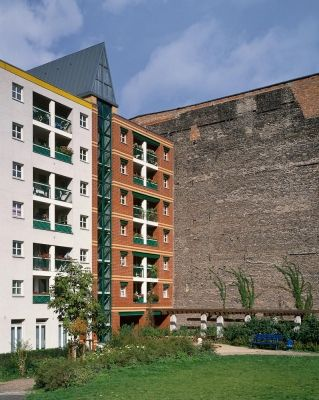 Aldo Rossi Residential building Kochstrasse