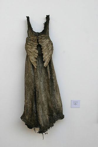 ✶Louise RICHARDSON love love this..... I need this dress...sometimes my wings hide from me....