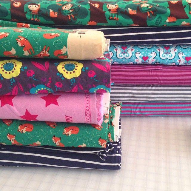 Simplifi Fabric | Modern and eco fabric supplies. Organic cloth diaper, organic fabric canada, KAM snaps, organic cotton, bamboo, hemp,soy,lyocell,PUL
