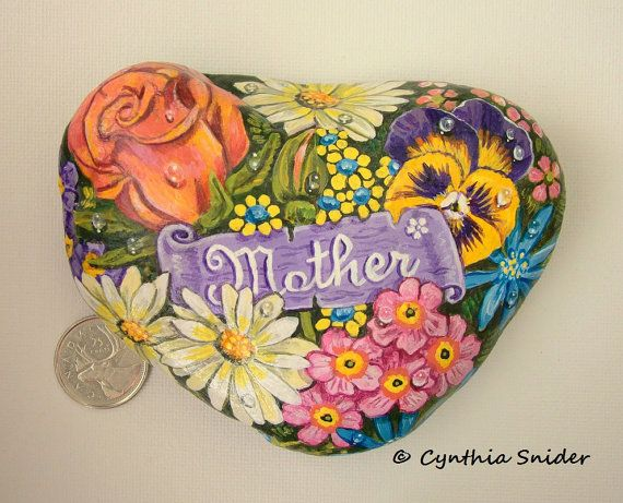 Painted rock,Flower painted rock,Daisies,pansy,rose,Mother's Day,Mom gift,garden…