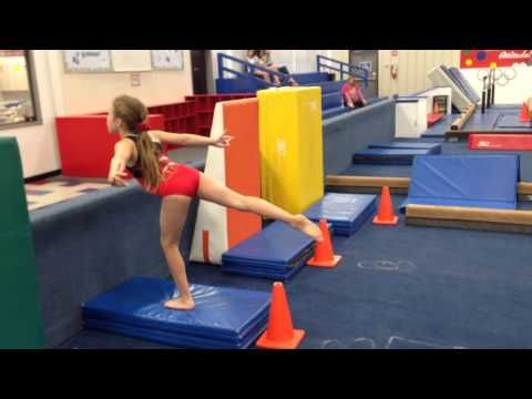 Beginner leaps Cincinnati gymnastics - YouTube