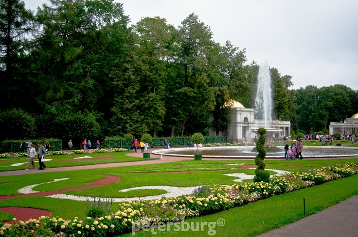 St.Petersburg, Peterhof fontains