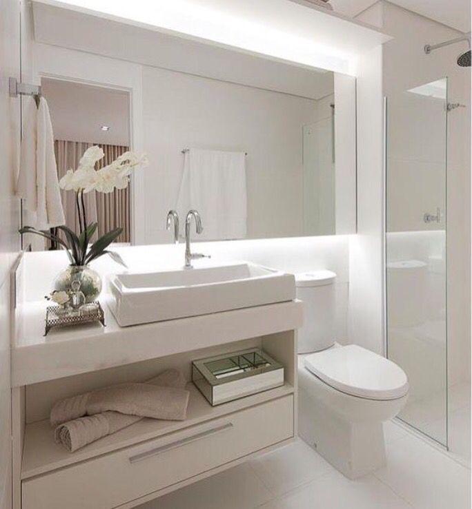 Banheiro todo branco  Banheiro  Pinterest -> Decoracao De Banheiros Com Banheiras Fotos
