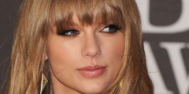 """Тейлър Суифт, Бийбър, Бруно Марс и Мигел ще пеят на наградите на """"Билборд"""""""