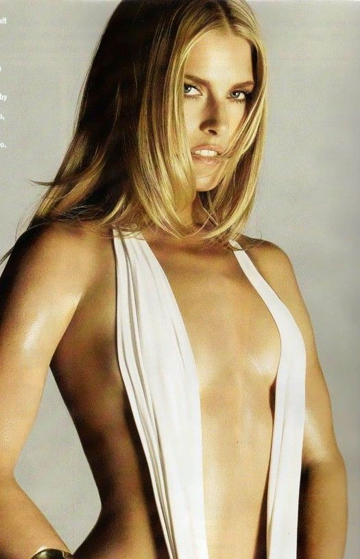 Ali Larter Started Her Carrier As Model At The Of 14 And From There