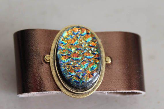 Dichroic+glas+metallic+leer+Manchet+armband+door+3GearsGlassAndGifts
