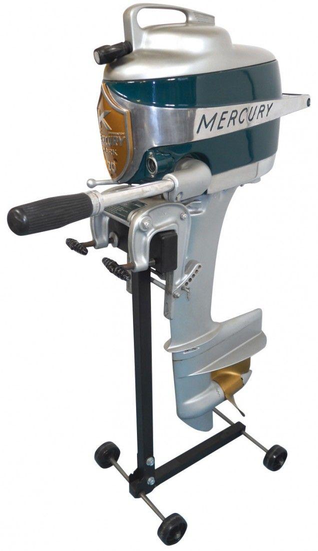Boat outboard motor w/stand, Mercury Mark 20 Hurr : Lot 909