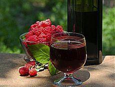 Малиновое вино: хмельной напиток любви.