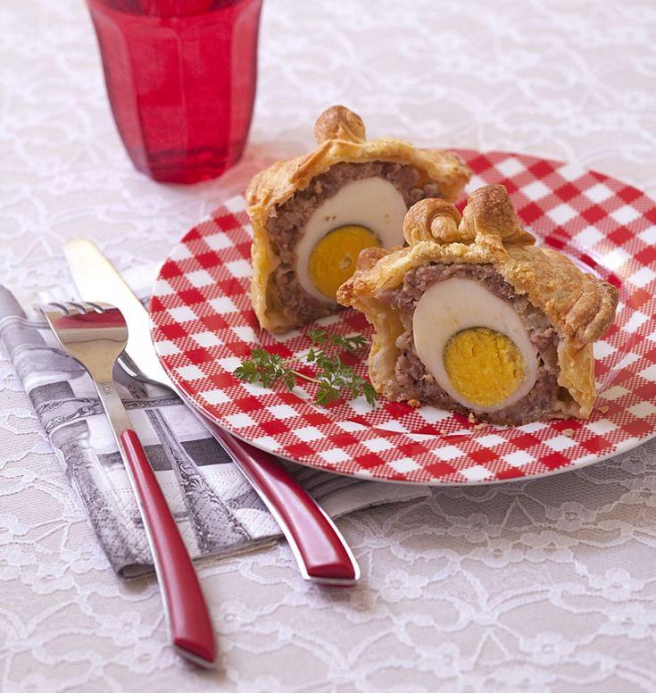 Pâtés de pâques berrichon individuels (oeufs durs / chair à saucisse) - Ôdélices : Recettes de cuisine faciles et originales !