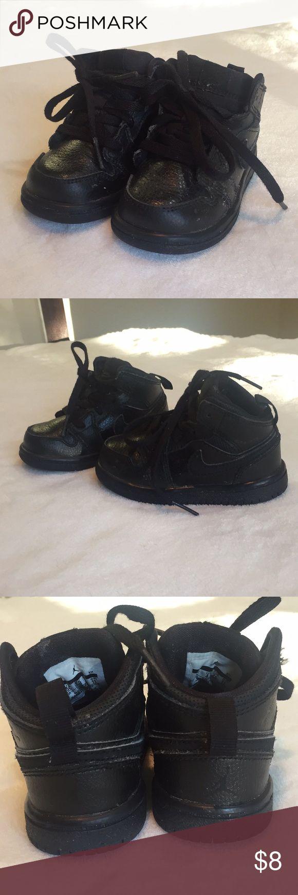 Used toddler Jordan 1s Used toddler Jordan 1s. All black. Size 5c. Jordan Shoes Sneakers