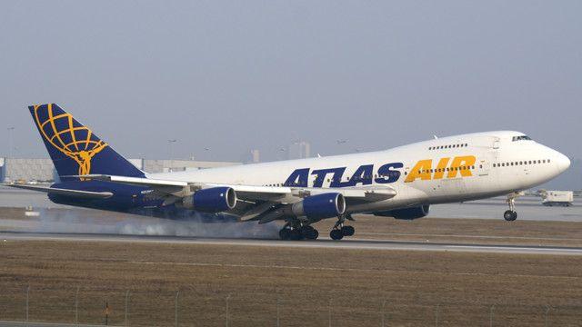 Atlas Air B742 N517MC - photo credit: Juergen Lehle