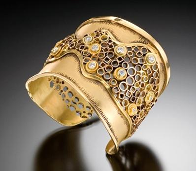 Cuff | Judith Kaufman.  22kt yellow gold, 18k green gold and diamonds.