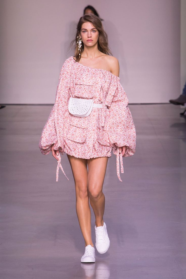 Zimmermann Feminine Dresses New York Fashion Week: Best 25+ Belt Bags Ideas Only On Pinterest