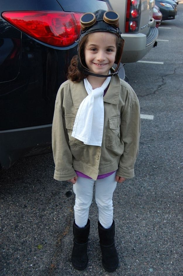 Brave Amelia Earhart, all set to fly solo across the Atlantic Ocean. | 24 Badass Halloween Costumes To Empower Little Girls