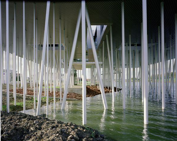 Micha de Haas: Aluminium Box