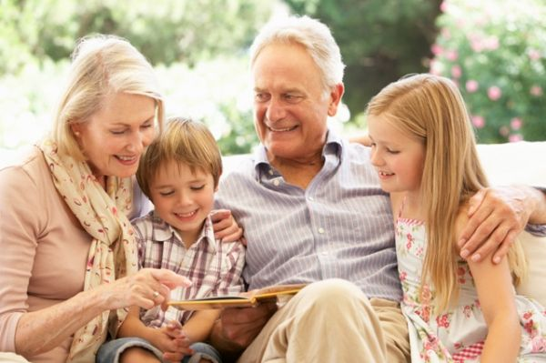 «Γράμμα στον παππού και τη γιαγιά» από τη Ράνια Θρασκιά.