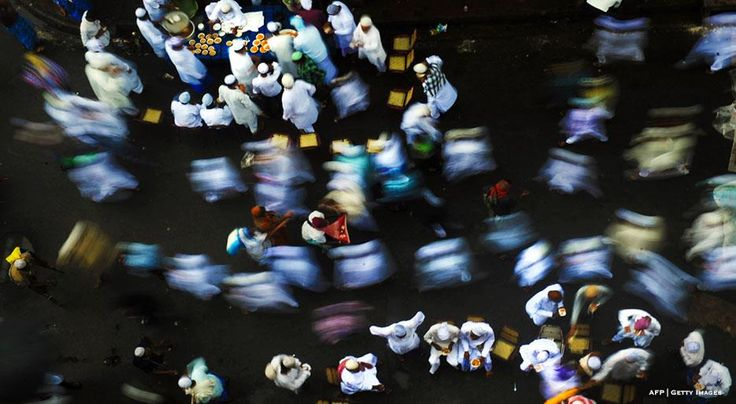 Celebrating Eid al-Fitr Around the World (and the Table) >> https://www.finedininglovers.com/stories/eid-al-fitr-cuisine-food/