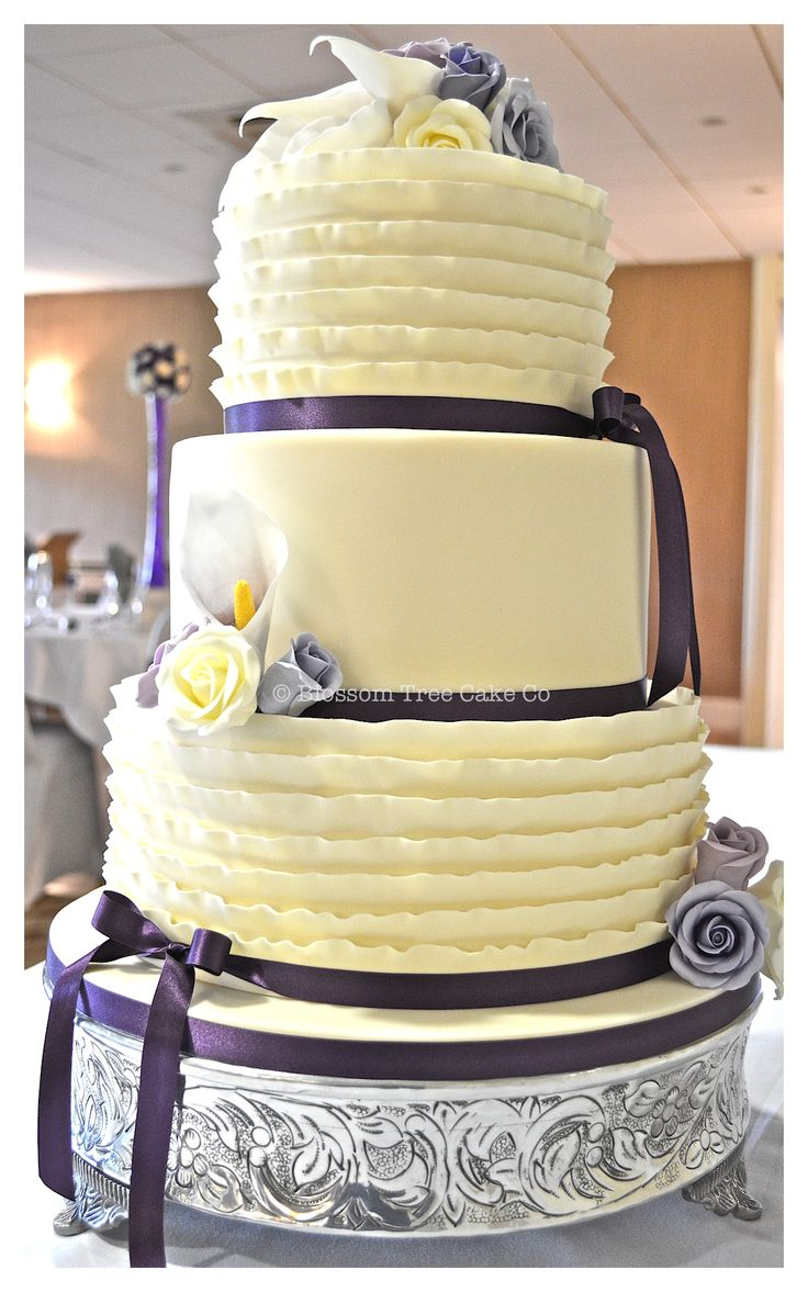 13 best Wedding Cakes images on Pinterest | Petit fours, Postres and ...
