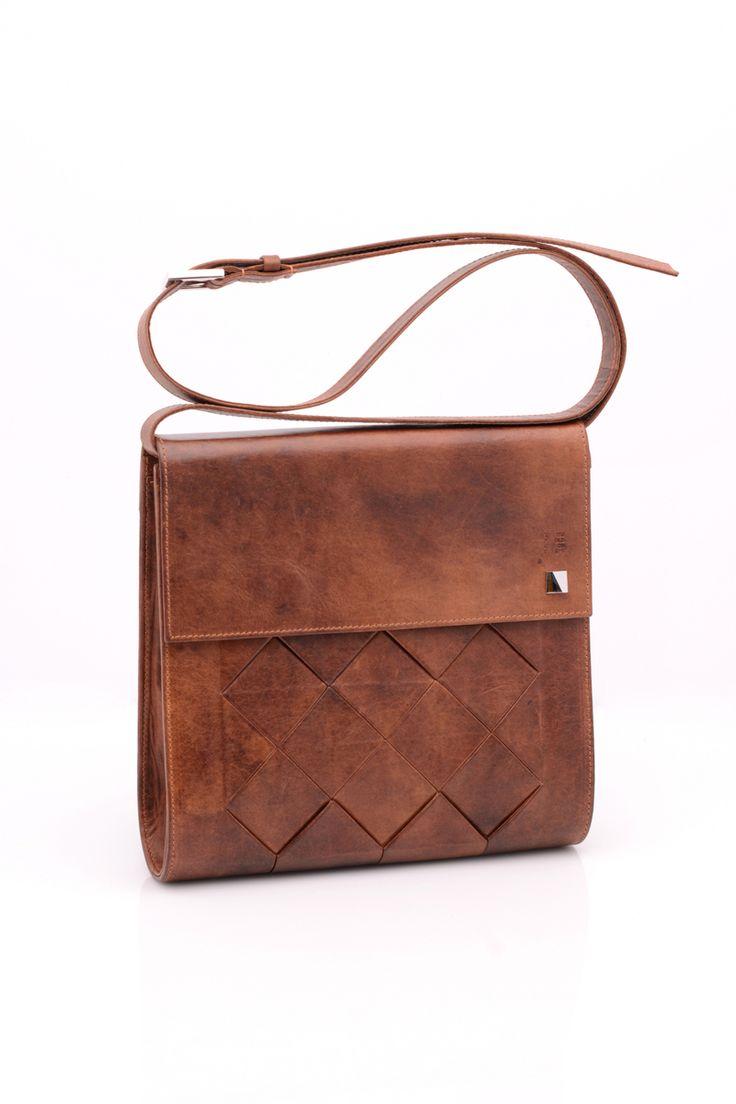 Octa shoulder bag